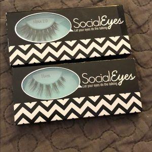 False Lashes Social Eyes